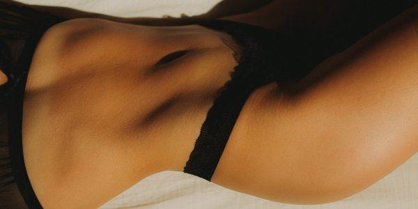 beautiful-woman-black-underwear-tights-lingerie-london-uk-store